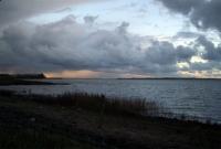 Regenwolken über dem Salzhaff